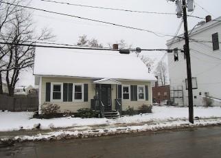 Casa en ejecución hipotecaria in Laconia, NH, 03246,  CLINTON ST ID: F4089555