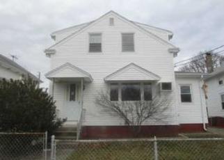 Casa en ejecución hipotecaria in Cumberland, RI, 02864,  GELDARD ST ID: F4091066