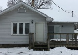 Casa en ejecución hipotecaria in South Bend, IN, 46614,  E WOODSIDE ST ID: F4092028