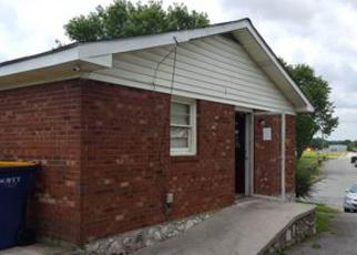 Casa en ejecución hipotecaria in Bowling Green, KY, 42101,  COOMBS DR ID: F4092204