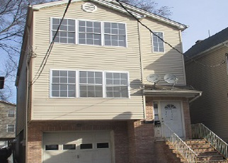 Casa en ejecución hipotecaria in Elizabeth, NJ, 07201,  BOND ST ID: F4092297