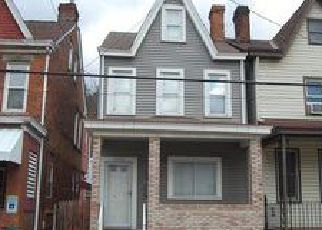 Casa en ejecución hipotecaria in Pittsburgh, PA, 15215,  MIDDLE ST ID: F4092907