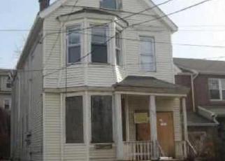 Casa en ejecución hipotecaria in Newark, NJ, 07103,  S 18TH ST ID: F4093713