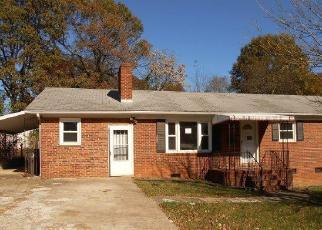 Casa en ejecución hipotecaria in Winston Salem, NC, 27105,  NW 25TH ST ID: F4093797