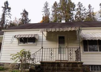 Casa en ejecución hipotecaria in Fayette Condado, PA ID: F4094200