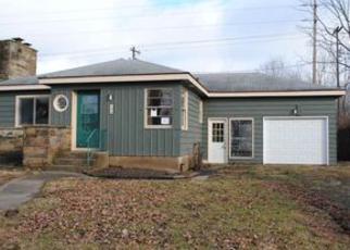 Casa en ejecución hipotecaria in Fort Wayne, IN, 46805,  PEMBERTON DR ID: F4095027