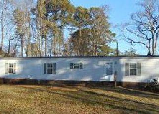 Casa en ejecución hipotecaria in Mathews Condado, VA ID: F4096947