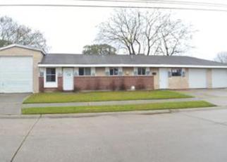 Casa en ejecución hipotecaria in Westwego, LA, 70094,  DOLORES DR ID: F4097392