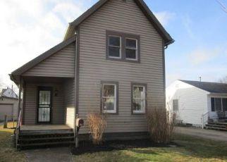 Casa en ejecución hipotecaria in Elyria, OH, 44035,  MONROE ST ID: F4098991