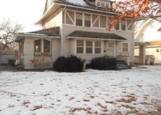 Casa en ejecución hipotecaria in Waterloo, IA, 50703,  ALTA VISTA AVE ID: F4099466