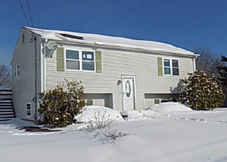 Casa en ejecución hipotecaria in Westerly, RI, 02891,  MINER ST ID: F4099952