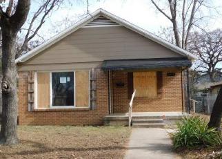 Casa en ejecución hipotecaria in Fort Worth, TX, 76111,  RIVERSIDE DR ID: F4100032