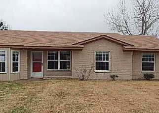 Casa en ejecución hipotecaria in Ellis Condado, TX ID: F4100052