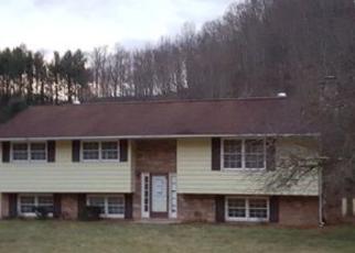 Casa en ejecución hipotecaria in Bluefield, WV, 24701,  AIRPORT RD ID: F4100115