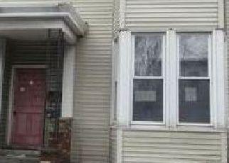 Casa en ejecución hipotecaria in Troy, NY, 12180,  5TH AVE ID: F4101391