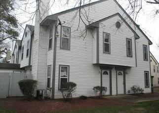 Foreclosure Home in Virginia Beach, VA, 23462,  ZIRCON CT ID: F4101577