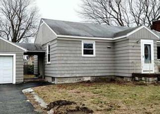 Casa en ejecución hipotecaria in Newport Condado, RI ID: F4101618