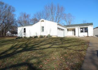 Casa en ejecución hipotecaria in Lee Condado, IL ID: F4102173
