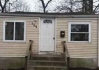 Casa en ejecución hipotecaria in Freeport, NY, 11520,  HARRIS AVE ID: F4102576