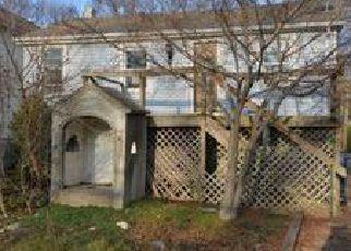 Casa en ejecución hipotecaria in North Brunswick, NJ, 08902,  MAGNOLIA RD ID: F4102859