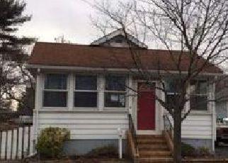 Casa en ejecución hipotecaria in Trenton, NJ, 08619,  BROOK LN ID: F4103191