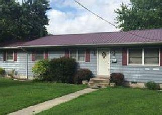 Casa en ejecución hipotecaria in Georgetown, DE, 19947,  S BEDFORD ST ID: F4104032