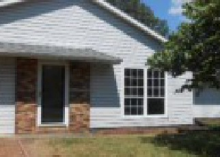 Foreclosure Home in Evansville, IN, 47711,  EVERGREEN AVE ID: F4104974
