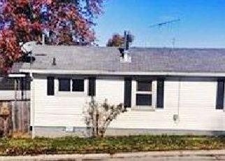 Casa en ejecución hipotecaria in Owensboro, KY, 42303,  BLUFF AVE ID: F4105017