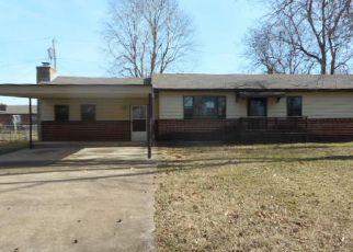 Casa en ejecución hipotecaria in Tahlequah, OK, 74464,  N CEDAR AVE ID: F4105343