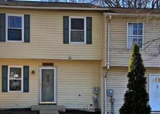 Casa en ejecución hipotecaria in Gaithersburg, MD, 20882,  AMBERGATE CT ID: F4105460