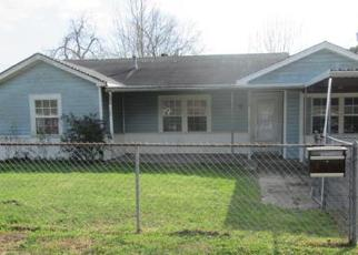 Casa en ejecución hipotecaria in Houston, TX, 77076,  DUNHAM DR ID: F4105681