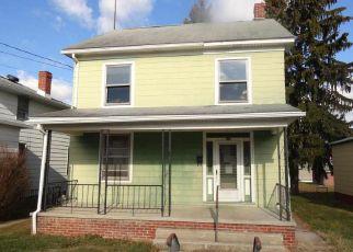 Casa en ejecución hipotecaria in Hanover, PA, 17331,  LINDEN AVE ID: F4105735