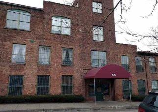 Casa en ejecución hipotecaria in Newburgh, NY, 12550,  JOHNES ST ID: F4106366