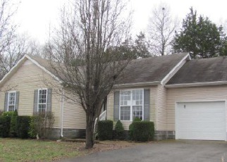Casa en ejecución hipotecaria in Shelbyville, TN, 37160,  LORIEN CIR ID: F4106703