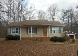 Casa en ejecución hipotecaria in Guilford Condado, NC ID: F4106882