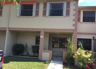 Casa en ejecución hipotecaria in Miami, FL, 33196,  SW 154TH PL ID: F4107241