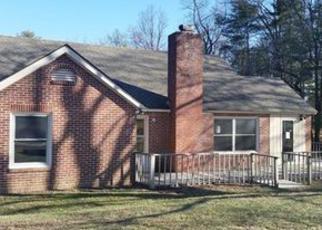 Casa en ejecución hipotecaria in Hendersonville, NC, 28792,  LAYCOCK RD ID: F4108066