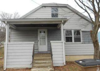 Casa en ejecución hipotecaria in Stratford, CT, 06615,  ROCKAWAY AVE ID: F4108136