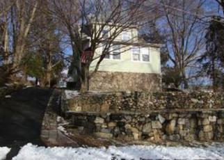 Casa en ejecución hipotecaria in Danbury, CT, 06810,  GROVE ST ID: F4108877