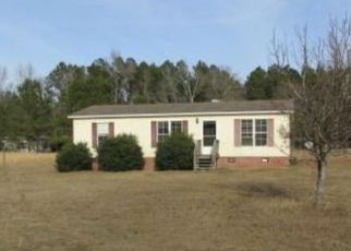 Casa en ejecución hipotecaria in Saint Pauls, NC, 28384,  CHICKENFOOT RD ID: F4110126