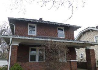 Casa en ejecución hipotecaria in Canton, OH, 44708,  13TH ST NW ID: F4111055