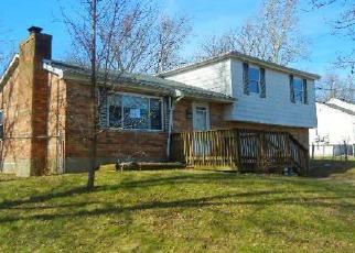 Casa en ejecución hipotecaria in Florence, KY, 41042,  KNOB HILL DR ID: F4112333