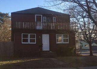 Casa en ejecución hipotecaria in Waukesha Condado, WI ID: F4113470