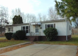 Casa en ejecución hipotecaria in Wilkes Barre, PA, 18706,  NANTICOKE ST ID: F4113644
