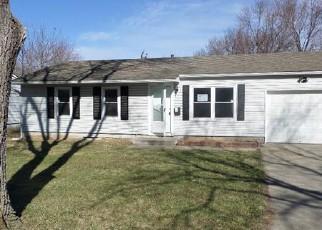 Casa en ejecución hipotecaria in Grandview, MO, 64030,  E 153RD ST ID: F4113900