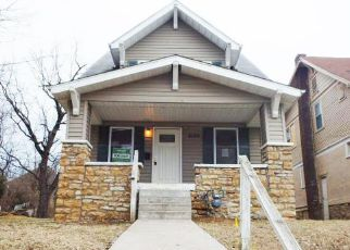 Casa en ejecución hipotecaria in Kansas City, MO, 64110,  HIGHLAND AVE ID: F4115031
