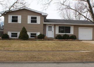 Casa en ejecución hipotecaria in Crystal Lake, IL, 60014,  DARLINGTON LN ID: F4115087