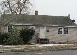 Casa en ejecución hipotecaria in Bath, ME, 04530,  DENNY RD ID: F4115207