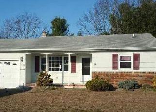 Casa en ejecución hipotecaria in Toms River, NJ, 08757,  EDGEBROOK DR N ID: F4115716