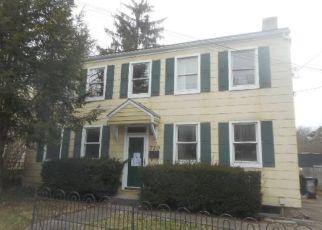 Casa en ejecución hipotecaria in Covington, KY, 41011,  LEWIS ST ID: F4116238